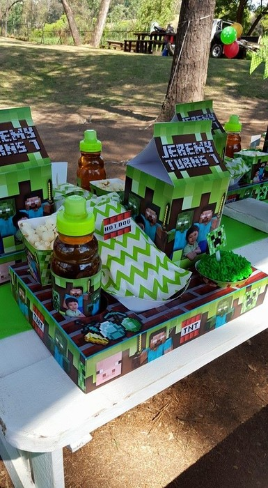 Our custom made Minecraft party supplies include personalised pvc banners, party packs, movie boxes and more.