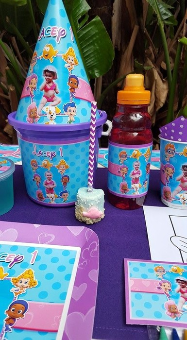 Kiddies Theme Parties not only make personalised Bubble Guppies party supplies, we can also do the entire party setup for you.