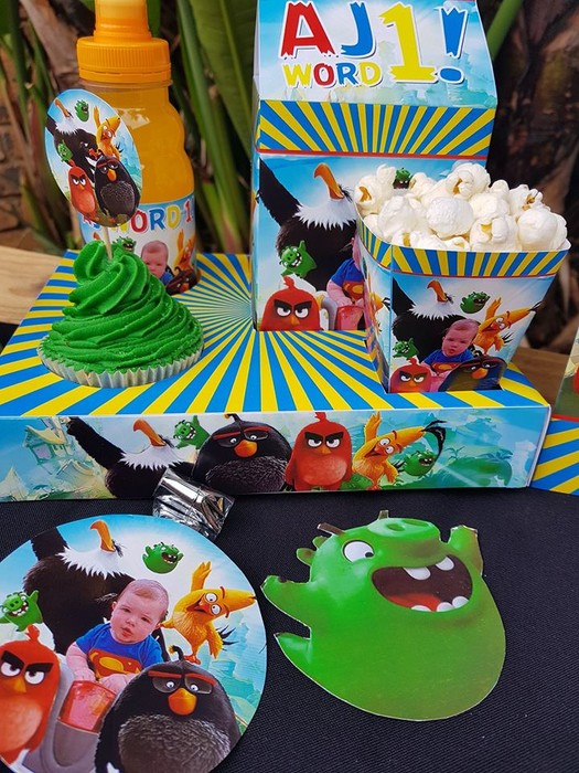 We make Angry Birds party supplies for boys and girls and deliver.