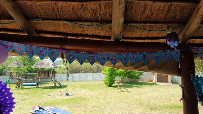 Kiddies Theme Parties hire out gazebos, picnic tables, umbrellas and photo boards for your baby shower.