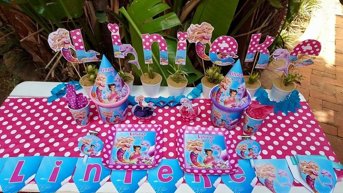 We are a Gauteng based events and party planning company specialising in custom made Barbie in a mermaid tale party supplies.