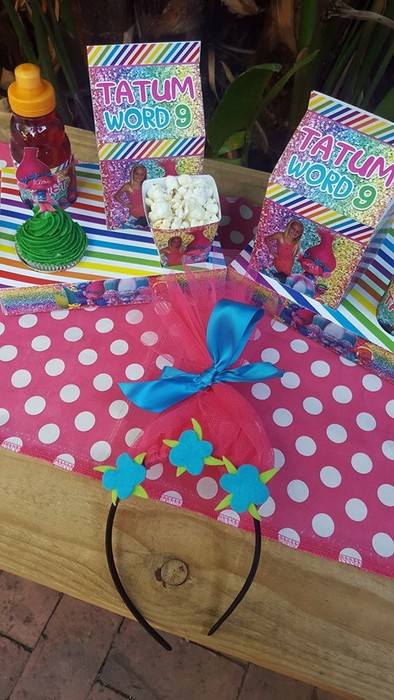 Kiddies Theme Parties not only make personalised Poppy Trolls party supplies, we can also do the entire party setup for you.