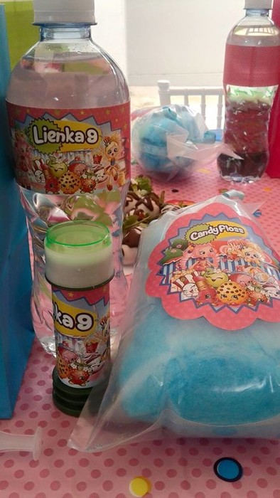 Kiddies Theme Parties offers personalized Shopkins party supplies and decor for sale.