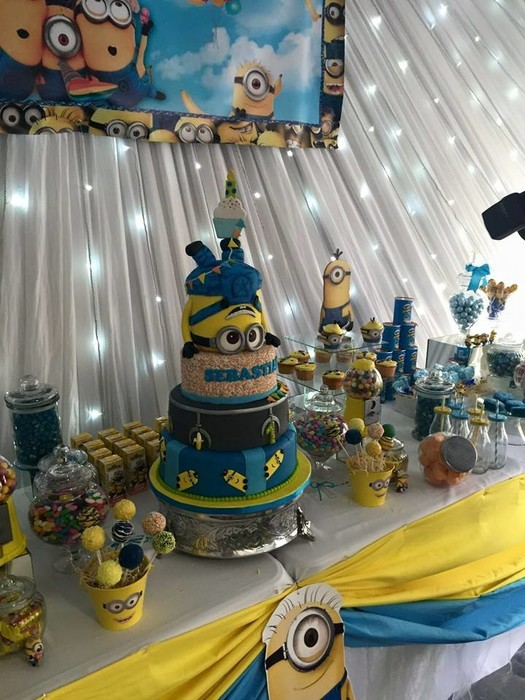 Our custom made Minions party supplies include party hats, printed t-shirts, badges and more.