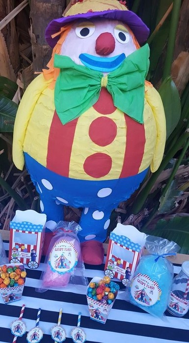 Kiddies Theme Parties can also handle your event catering such as party platters, coffee stations, drinks and cooler boxes.