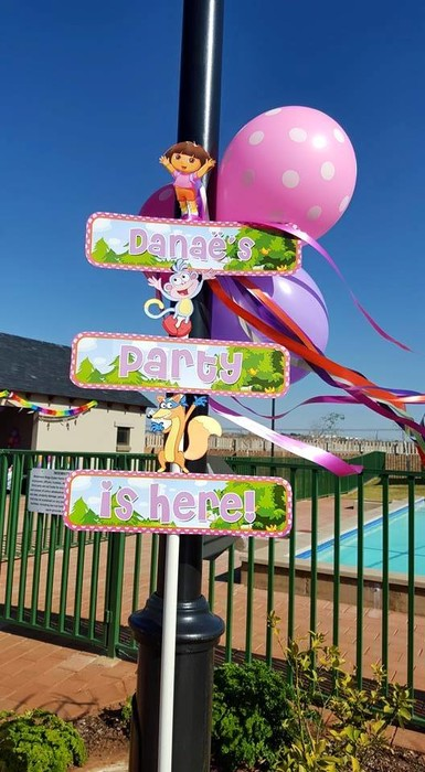 Kiddies Theme Parties hire out jumping castles for your Dora the Explorer party.