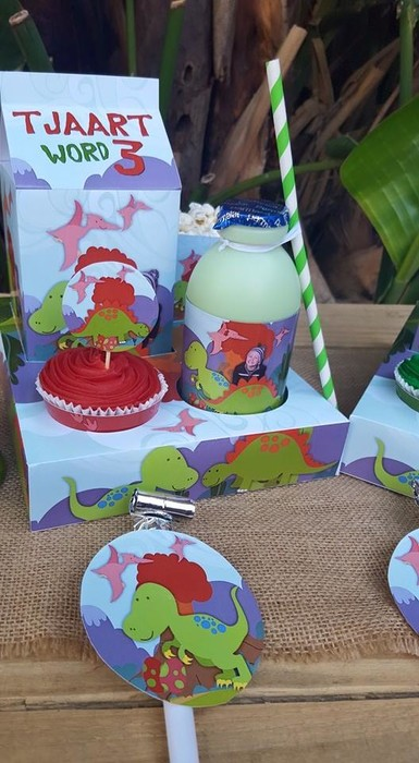 Our custom made Dinosaurs party supplies include personalised invitations, paper cups and plates, blowouts and more.
