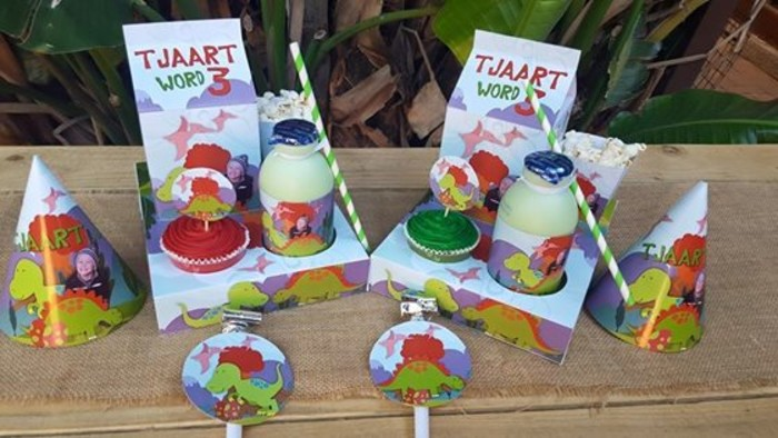 Kiddies Theme Parties offers personalized Dinosaurs party supplies and decor for sale.