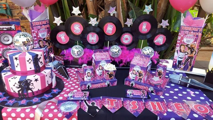 Kiddies Theme Parties hire out jumping castles for your Disco party.