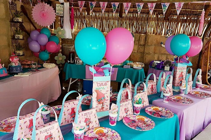 Apart from Poppy Trolls birthday decor, we also provide soft play equipment and stretch tents for your function.