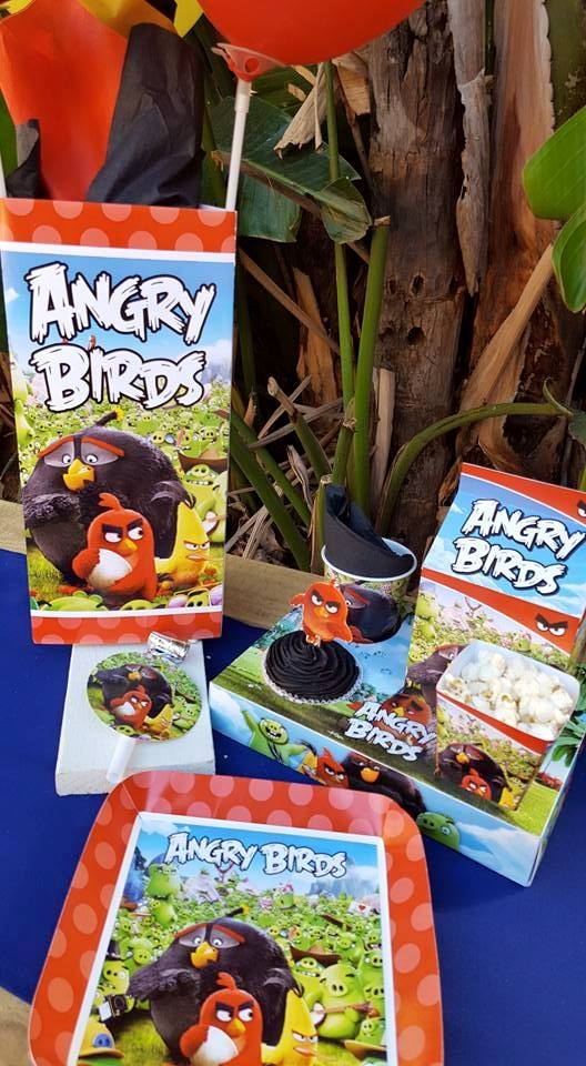 Personalized Angry Birds party decor from Kiddies Theme Parties