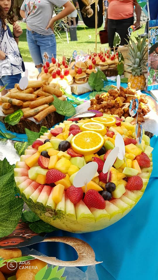 Kiddies Theme Parties do catering for all types of events.