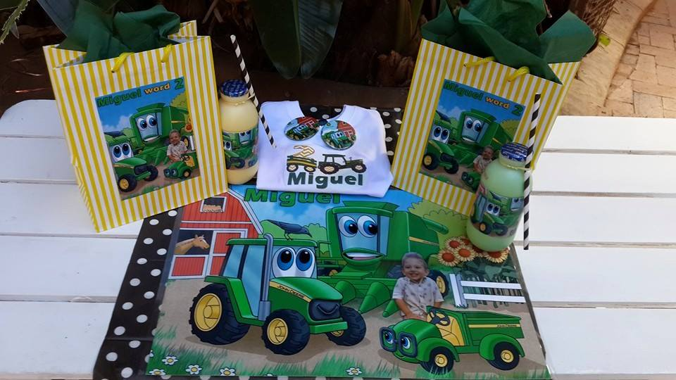 Miquel's John Deere Party Decorations